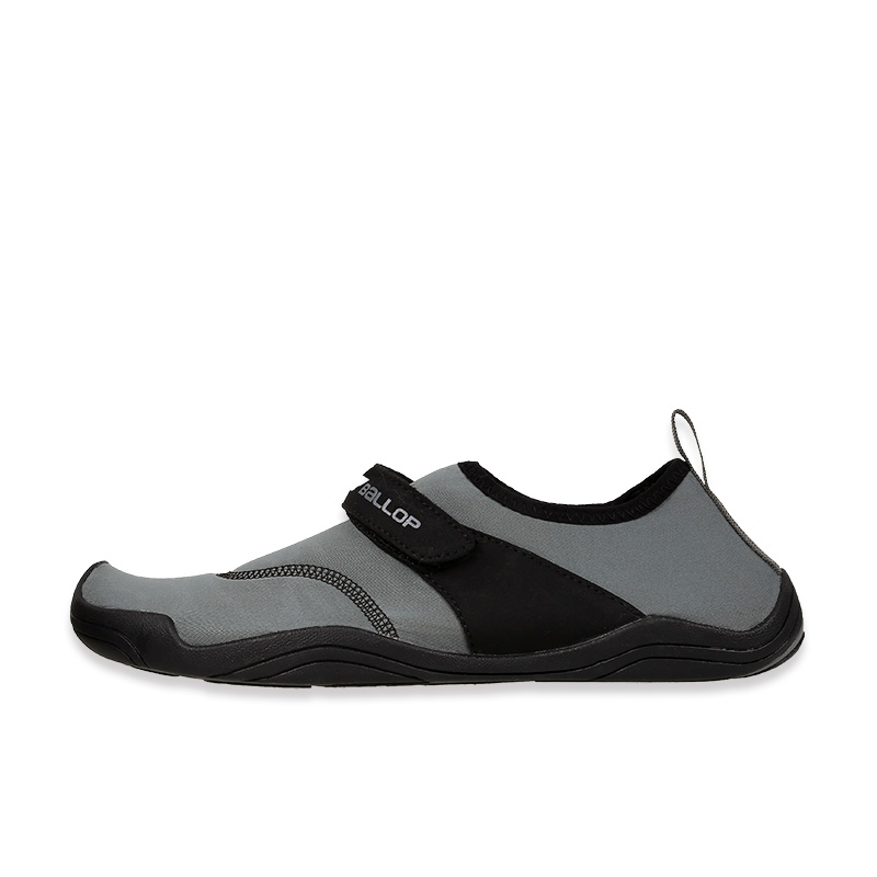 Aqua Shoes Water Chameleon Hide Black